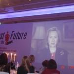 Μαγνητοσκοπημένο μήνυμα προς τις συμμετέχουσες στο Συνέδριο, από την Hillary Clinton, U.S. Secretary of State, στην έναρξη του Συνεδρίου, 24-1-2011