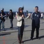 Η Λιάνα Γούτα, μέλος της Οργανωτικής Επιτροπής και υπεύθυνη του ECOCITY-Τομέα Β.Ελλάδος, μιλάει στα παιδιά για το περιβαλλοντικό μήνυμα του Μαραθωνίου